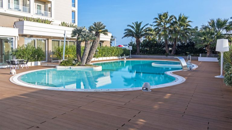 Hotel Ambasciatori Rimini Angolo2